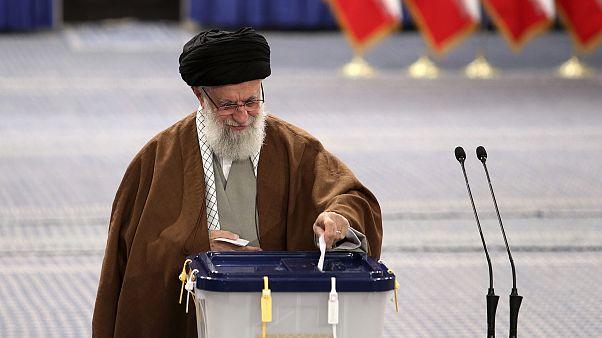Législatives en Iran : Khamenei appelle à voter, les électeurs vont-ils être au rendez-vous?