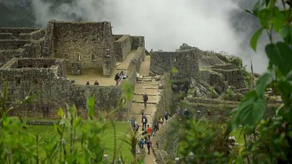 Turistahadak veszélyeztetik a Machu Picchut