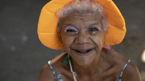 Пациенты Института психического здоровья танцуют в Рио-де-Жанейро
