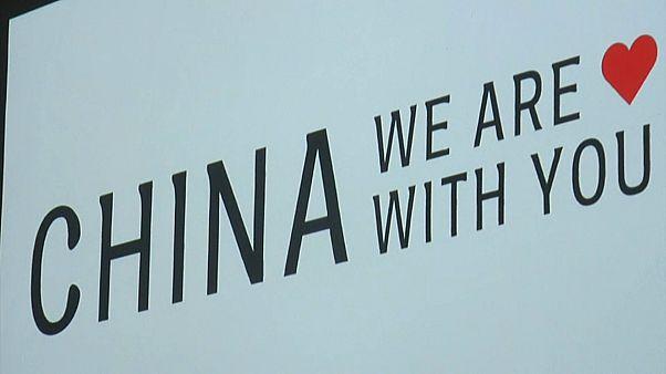 Koronavírus: Kínáról szól a milánói divathét