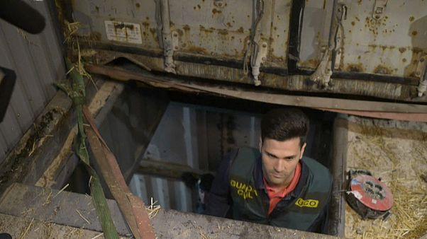 In letzter Sekunde aus unterirdischer Zigarettenfabrik befreit