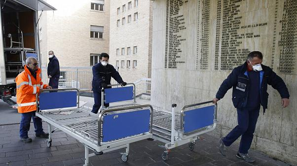 Saltan todas las alertas en Italia ante la propagación del COVID-19 que causa el primer muerto