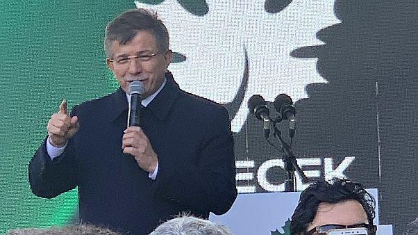 Davutoğlu, Gelecek Partisi Ankara İl Binası'nın açılışını yaptı
