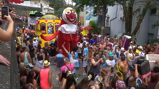 Carnival kicks off in Rio with traditional Carmelitas street party