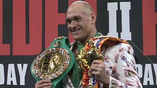 Tyson Fury no topo do pugilismo mundial
