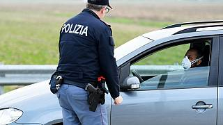 Коронавирус: Италия закрывает города