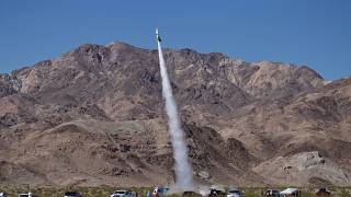 Mike Hughes ev yapımı roketiyle fırlatıldıktan kısa süre sonra yere çakılarak hayatını kaybetti