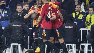 Galatasaray, Fenerbahçe'yi 20 yıl sonra Kadıköy'de mağlup etti