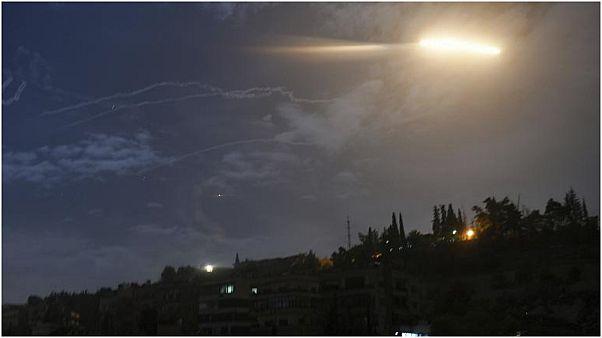 صورة أرشيفية لصاروخ في الأجواء السورية