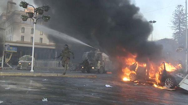 Violencia, ataques y saqueos en la inauguración del festival de Viña del Mar