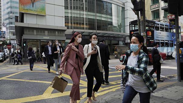 La contaminación por coronavirus se acelera en todo el planeta