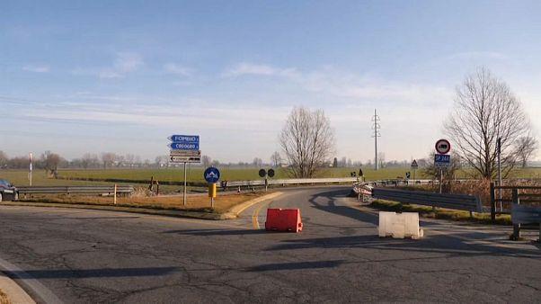 إيطاليا: الشرطة تغلق بلدة كودونيو خوفاً من تفشي فيروس كورونا