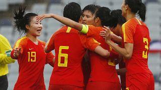 المنتخب الصيني لكرة القدم للسيدات بعد تسجيله هدفا ضد تايلاند في سيدني 07/02/2020