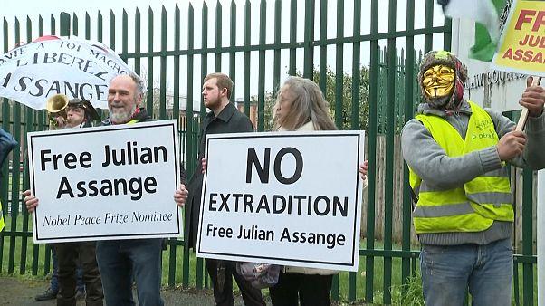 مظاهرات في بريطانيا تطالب بعدم تسليم أسانج إلى الولايات المتحدة