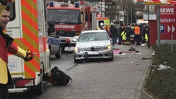 Images de la télévision Hessischer Rundfunk montrant le véhicule immobilisé à Volkmarsen, le 24 février 2020