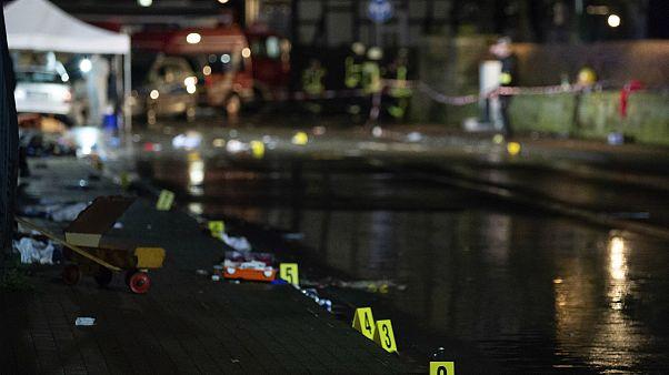 حمله با خودرو به یک کارناوال در آلمان