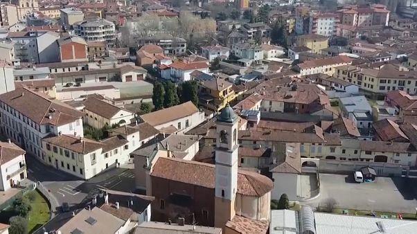 شاهد: بلدة إيطالية تتحول إلى مدينة أشباح بعد تفشي فيروس كورونا الجديد