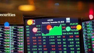 Koronavirüs salgını: Covid-19 küresel piyasaları vurdu, Çin şirketlere vergi indirimi sözü verdi