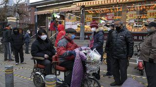 تسجيل 71 وفاة جديدة بفيروس كورونا في الصين وثلاثة في إيران