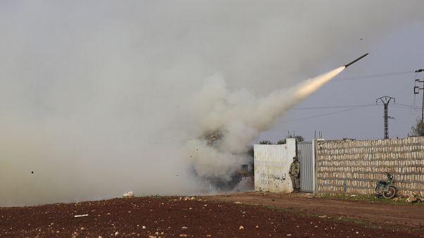 مقتل تسعة عناصر من قوات النظام السوري بقصف تركي في إدلب