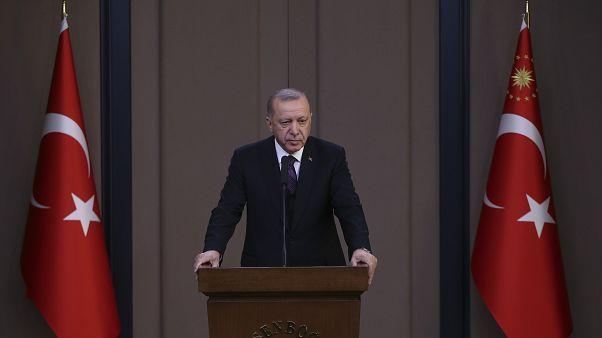 Cumhurbaşkanı Erdoğan'dan İdlib yorumu: Bu mücadelenin içinde olmaya mecbur değil mahkumuz