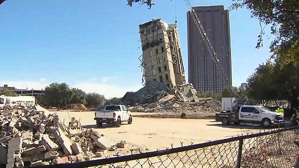 شاهد: عملية هدم فاشلة تحول أحد المباني في دالاس إلى برج مائل