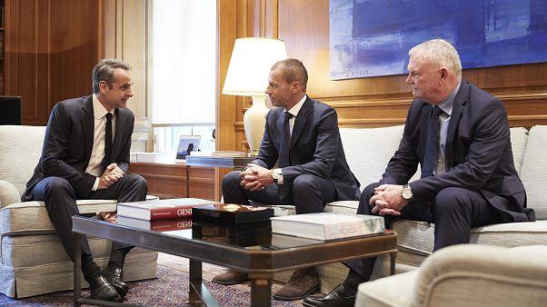 Μνημόνιο κυβέρνησης με FIFA και UEFA για το ελληνικό ποδόσφαιρο