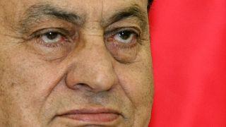 L'ex-président d'Egypte Hosni Moubarak pris en photo le 11 février 2009 à Istanbul, en Turquie