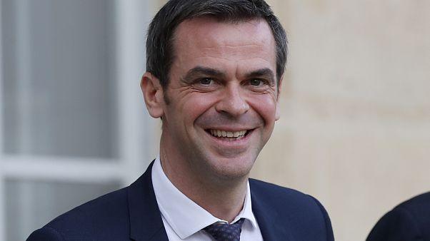 """وزير الصحة الفرنسي: """"فرنسا لا تفكر في إغلاق حدودها مع إيطاليا بسبب كورونا"""""""