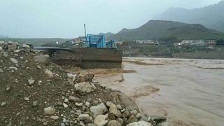 سیل و طوفان در بخشهای مختلف ایران؛ تخریب چند پل در لرستان