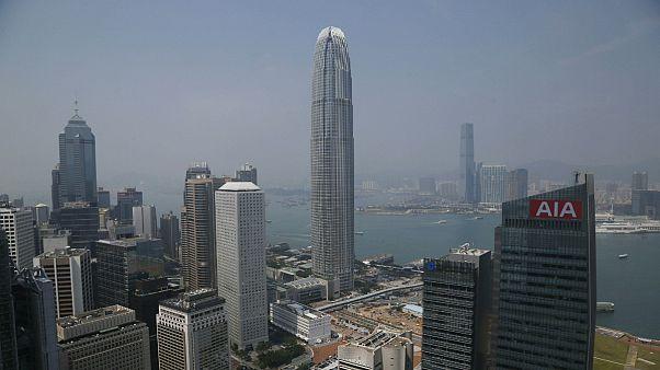 راهکار هنگ کنگ برای رونق اقتصادی؛ به هر نفر ۱۲۸۰ دلار پرداخت میشود