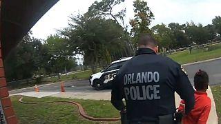 Polis 6 yaşında bir çocuğu gözaltına alırken 19 Eylül 2019