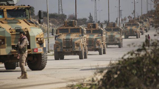 """واشنطن تطالب سوريا وروسيا بإنهاء هجومهما """"الشنيع"""" بعد مقتل جنود أتراك في إدلب"""