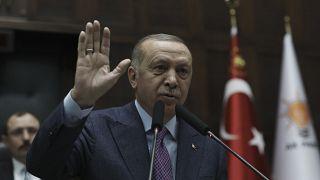 Orosz-török összecsapás fenyeget Szíriában