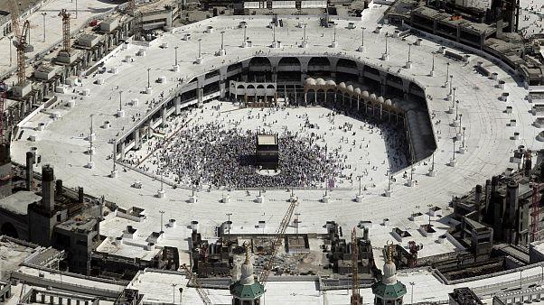 واکنش علمای مسلمان به شیوع کرونا؛ از تعطیلی مناسک تا طلب جمعی شفای عاجل