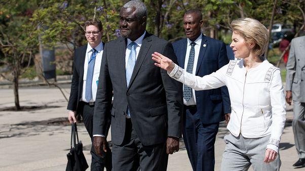 Les présidents de la Commission de l'Union africaine et de la Commission européenne, Moussa Faki et Ursula von der Leyen