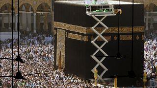 COVID-19: Κλείνει προσωρινά την Μέκκα η Σαουδική Αραβία