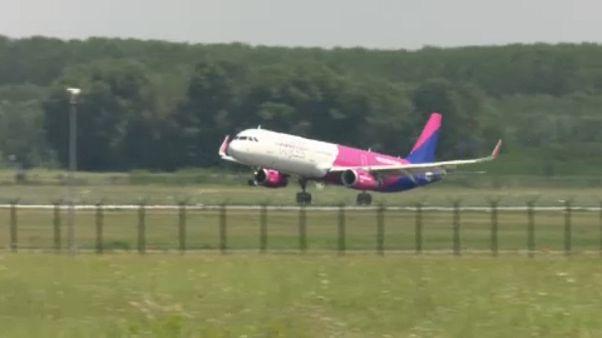 Járatokat törölt a Wizz Air