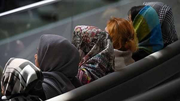 آلمان حجاب را برای کارآموزان رشته حقوق در دادگاه ممنوع کرد