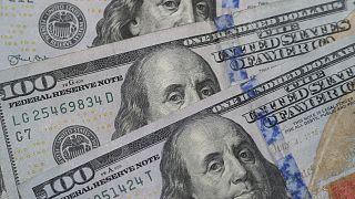 العمالة الأجنبية تدفع ثمن أزمة شحّ الدولار في لبنان