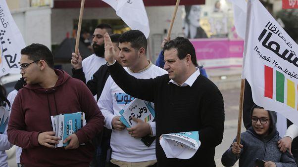 أيمن عودة خلال حملته الانتخابية