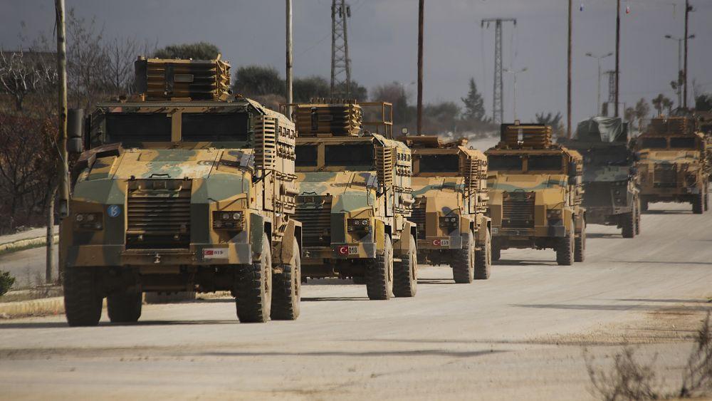 Al menos 22 soldados turcos muertos en ataque aéreo en Siria 18