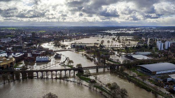 Великобританию ждёт третий ураган за месяц