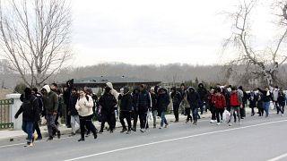 Мигранты в провинции Эдирне направляются к границе с Грецией