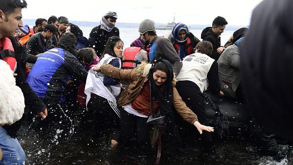 Nem tartóztatja fel többé a menekülteket Törökország