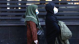 İran'da koronavirüs can almaya devam ediyor: Ölen kişi sayısı 34'e çıktı