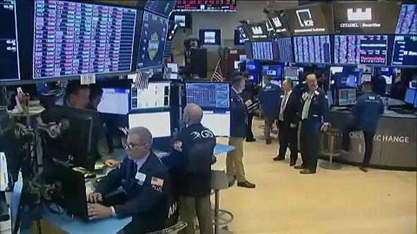 O COVID - 19 μολύνει τις παγκόσμιες αγορές