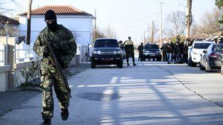 Grecia rechaza el flujo de migrantes alentados por Turquía