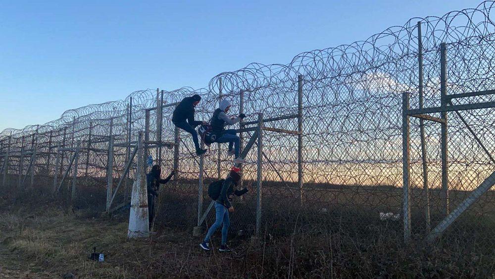 Uluslararası Af Örgütü, Bulgaristan ve Yunanistan'ı sığınmacıları kabul etmeye çağırdı