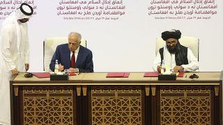 Anlaşmayı ABD'nin Afganistan Özel Temsilcisi Zalmay Halilzad ile Taliban Siyasi Ofis Başkanı Molla Abdulgani Berader imzaladı